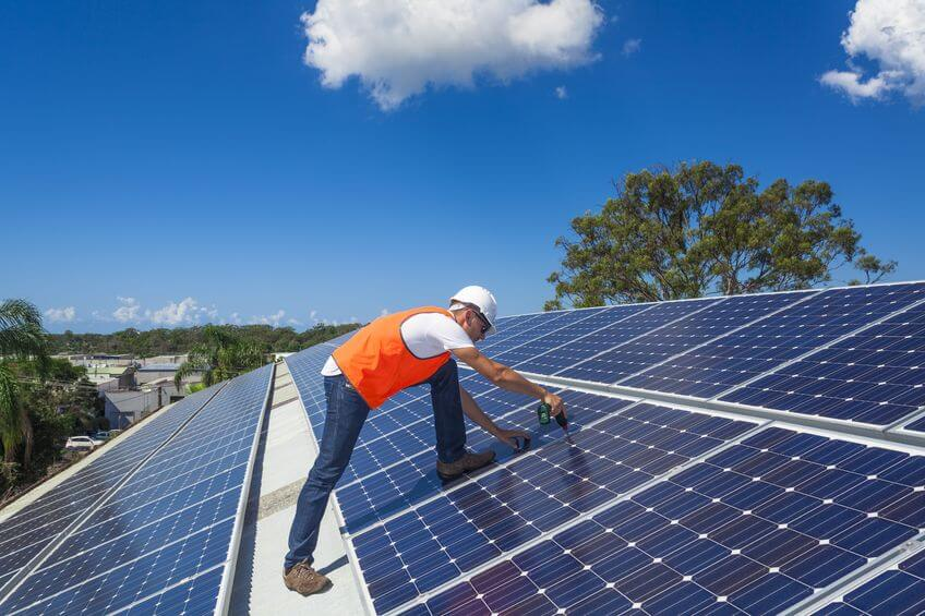 Solar Panel Installer in Bushton